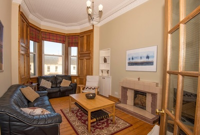 Edinburgh City Centre 4 bedroom Student Flats Edinburgh | Student Flats Edinburgh September 2019 | Edinburgh Festival Accommodation|edinburgh fringe accommodation 2019 | letting agent